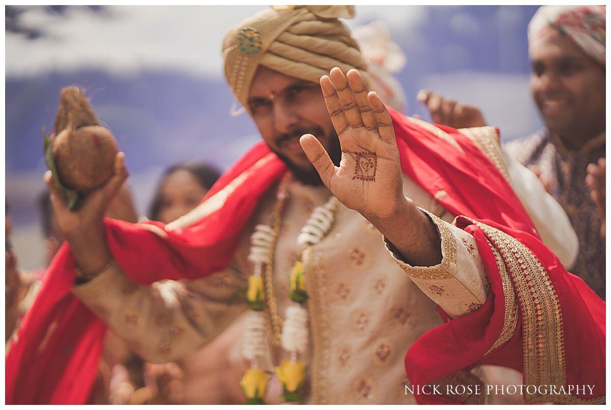 Oshwal Centre Hindu Wedding Photography_0012.jpg