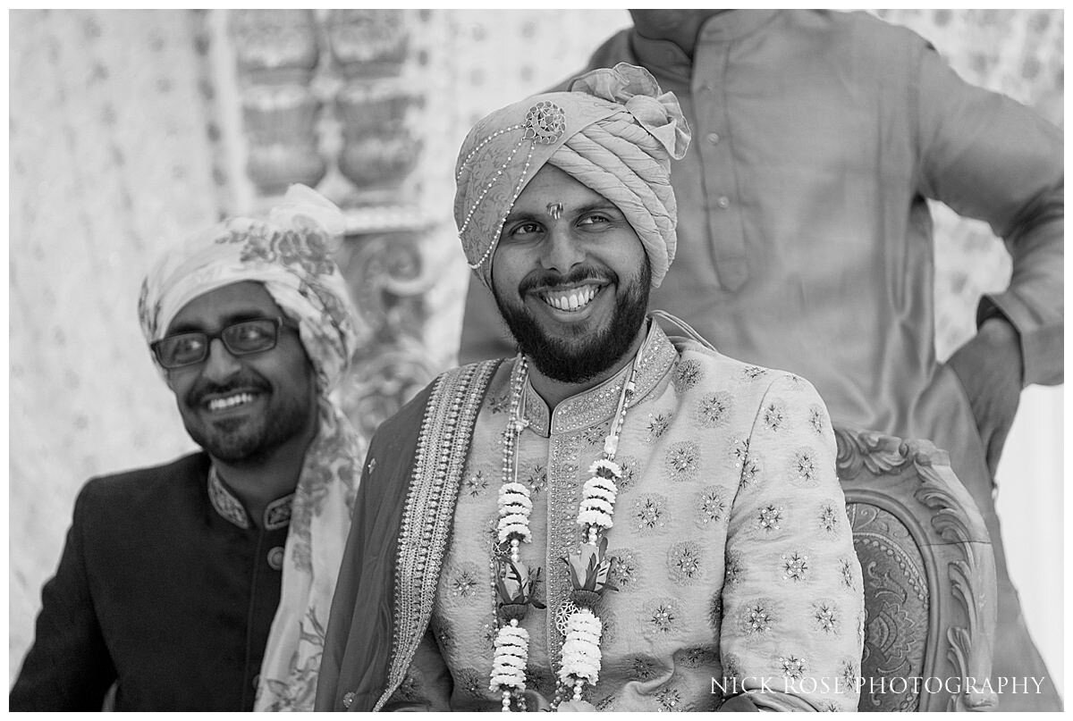 Oshwal Centre Hindu Wedding Photography_0022.jpg