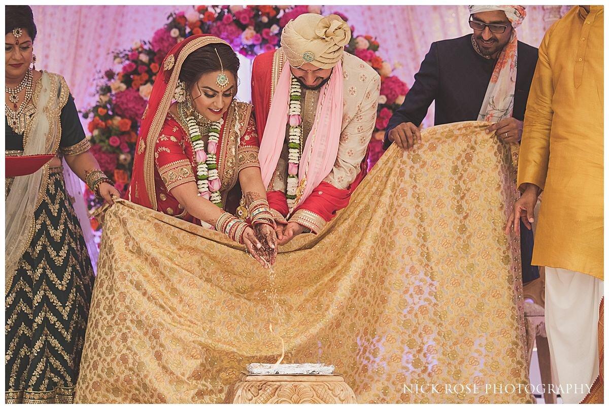 Oshwal Centre Hindu Wedding Photography_0024.jpg