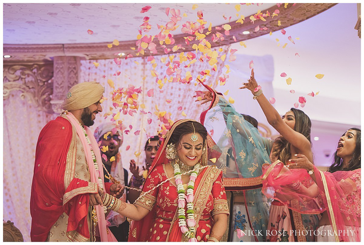 Oshwal Centre Hindu Wedding Photography_0026.jpg