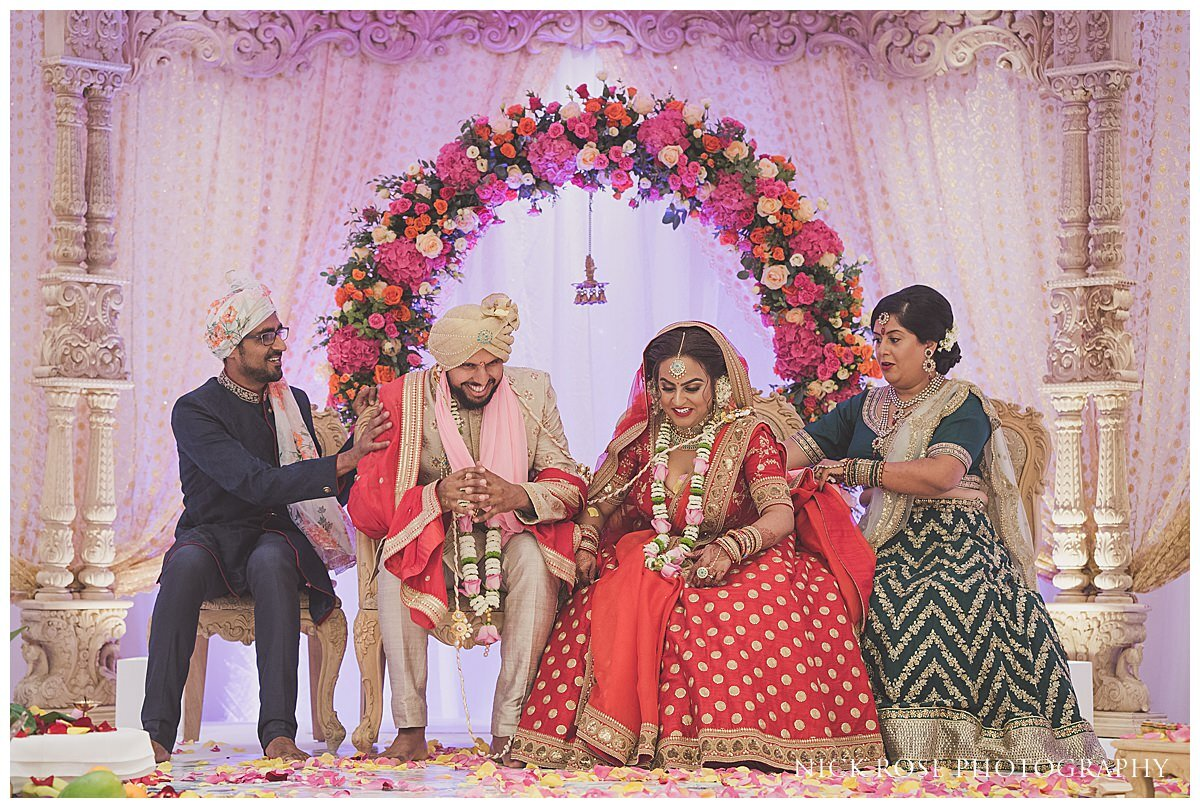 Oshwal Centre Hindu Wedding Photography_0027.jpg