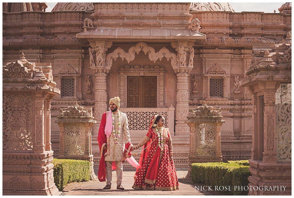 Oshwal Centre Hindu Wedding Photography_0033.jpg