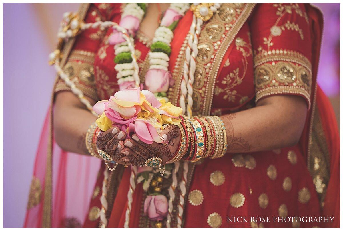 Oshwal Centre Hindu Wedding Photography_0039.jpg