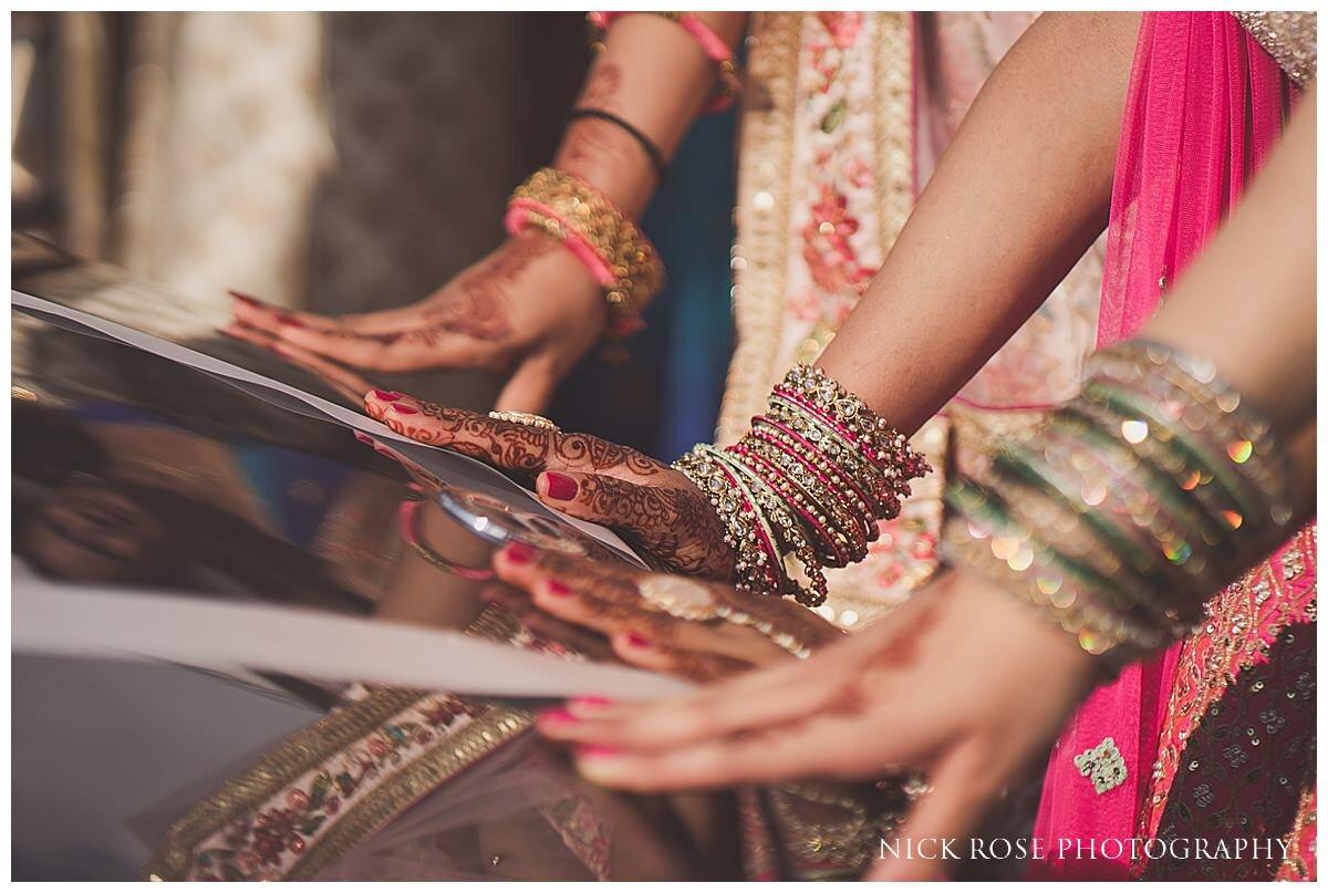 Oshwal Centre Hindu Wedding Photography_0047.jpg