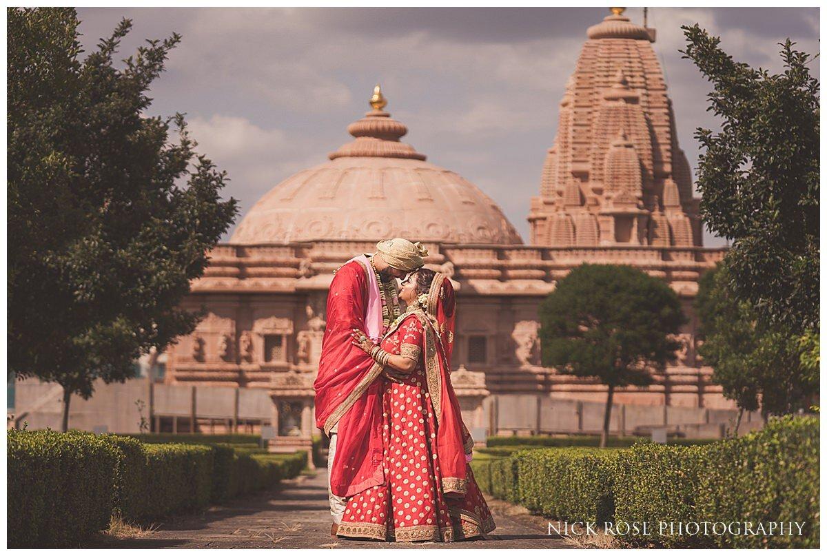 Oshwal Centre Hindu Wedding Photography_0049.jpg