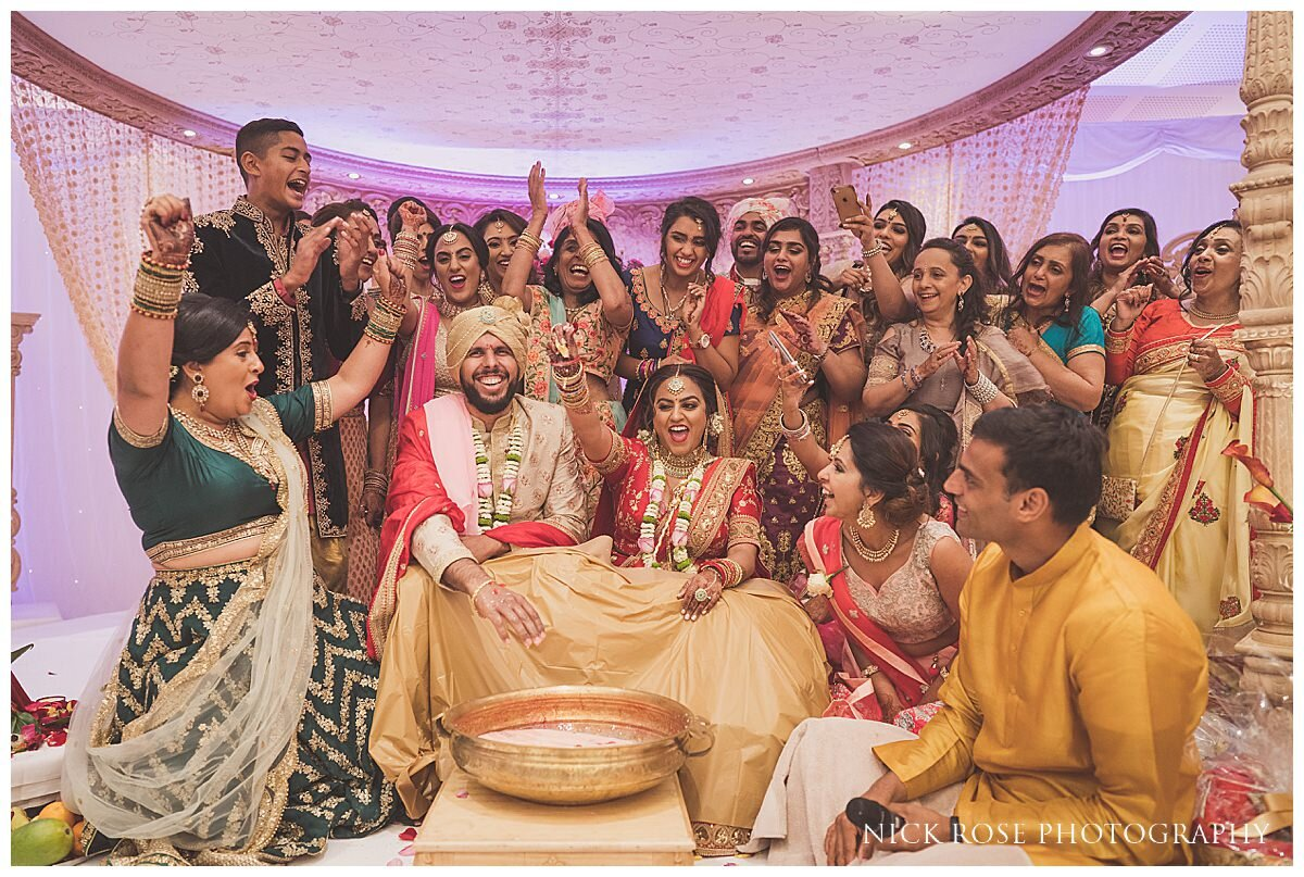 Oshwal Centre Hindu Wedding Photography_0050.jpg