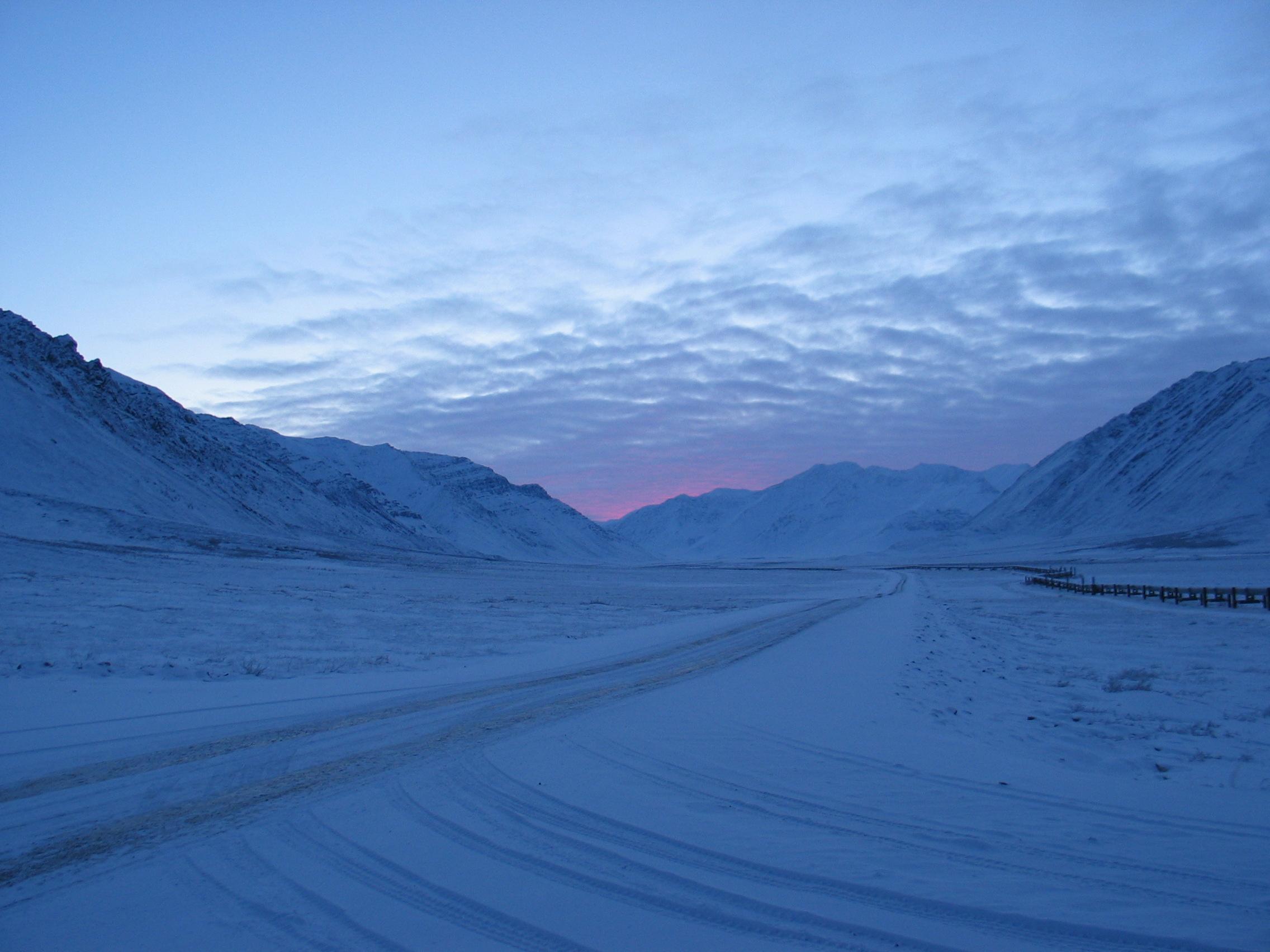 Sunset looking south toward Atigun Pass - Dec 26 03 Kathy Hedges.jpg
