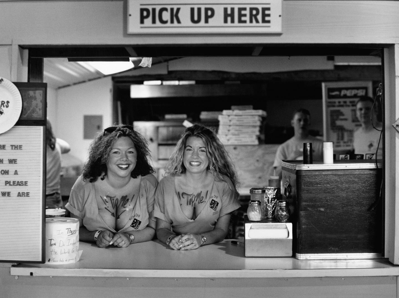 Pizza Stand, Sturgis, 2001