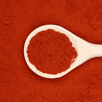Restrained and delicate aroma, fruity and smoky flavor. Used to flavor fish, seafood, salads, sauces, vegetables and meats. And it also used as a colorant for dishes.