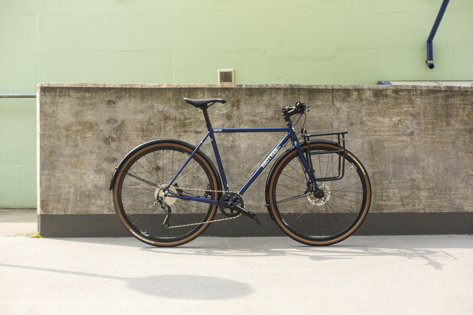 seabass-cycles-instore-bikes-17-april-2019-brother-cycles-kepler-disc-custom-build-midnight-blue-5067.jpg
