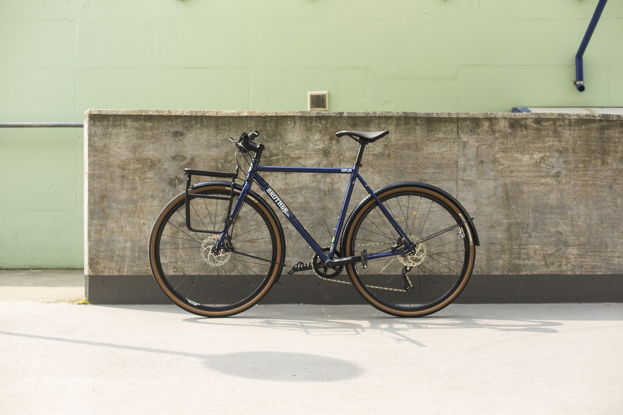 seabass-cycles-instore-bikes-17-april-2019-brother-cycles-kepler-disc-custom-build-midnight-blue-5093.jpg