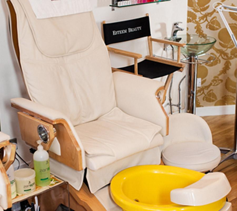 esteem-beauty-gallery-pedicure-chair.jpg