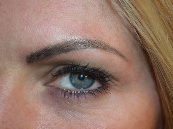 After Eyebrows / Microblaiding