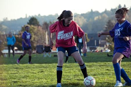 1314_Soccer_0414637.jpg
