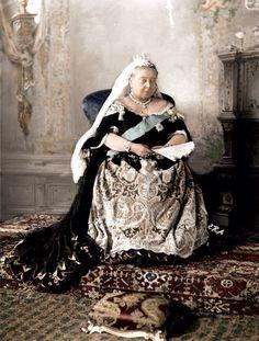 queen-victoria-older.jpg