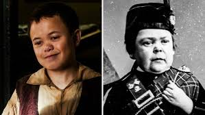 the real tom thum and The Greatest Showman Tom Thumb.jpeg