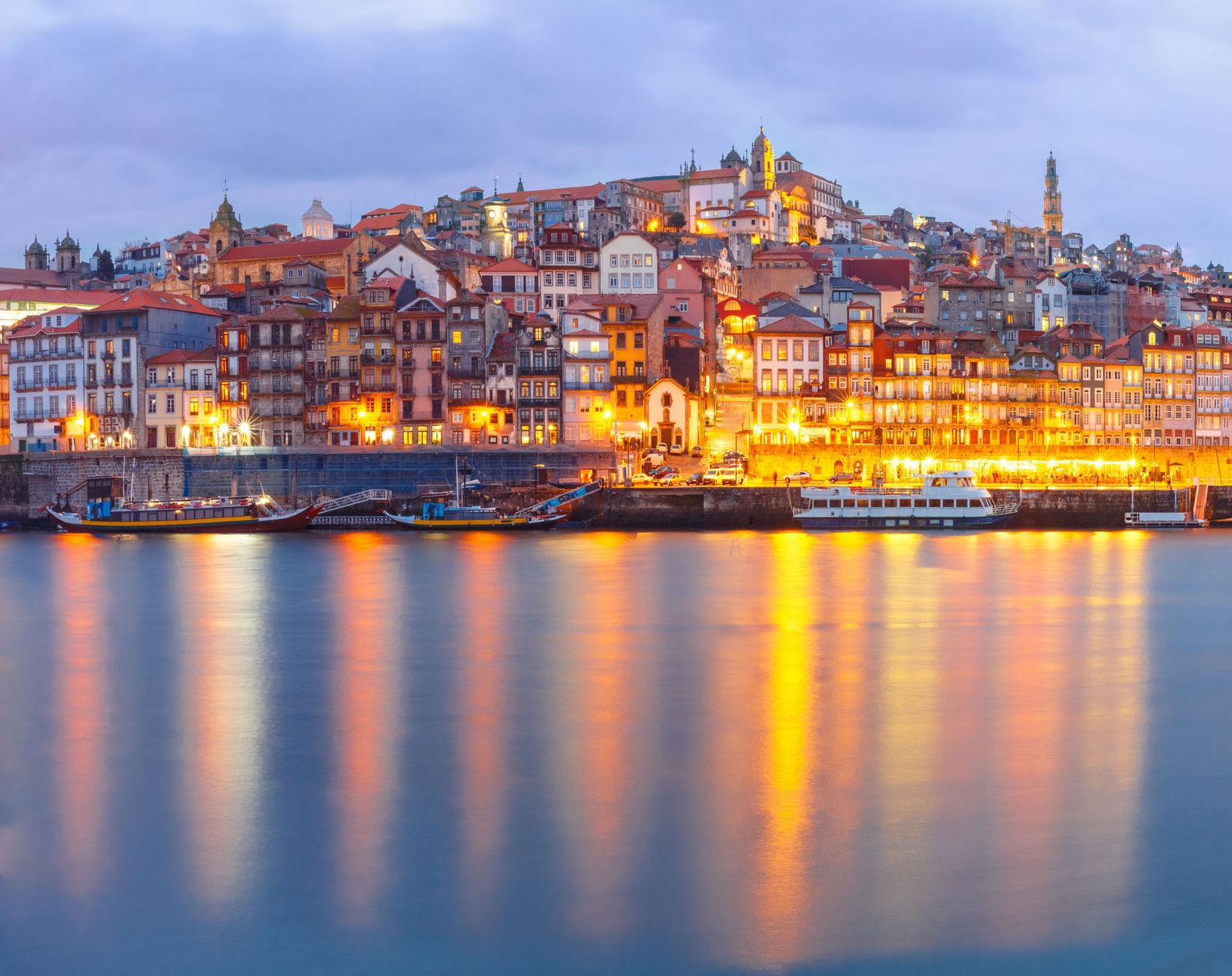 76973816_l_Porto_web resized_R.jpeg