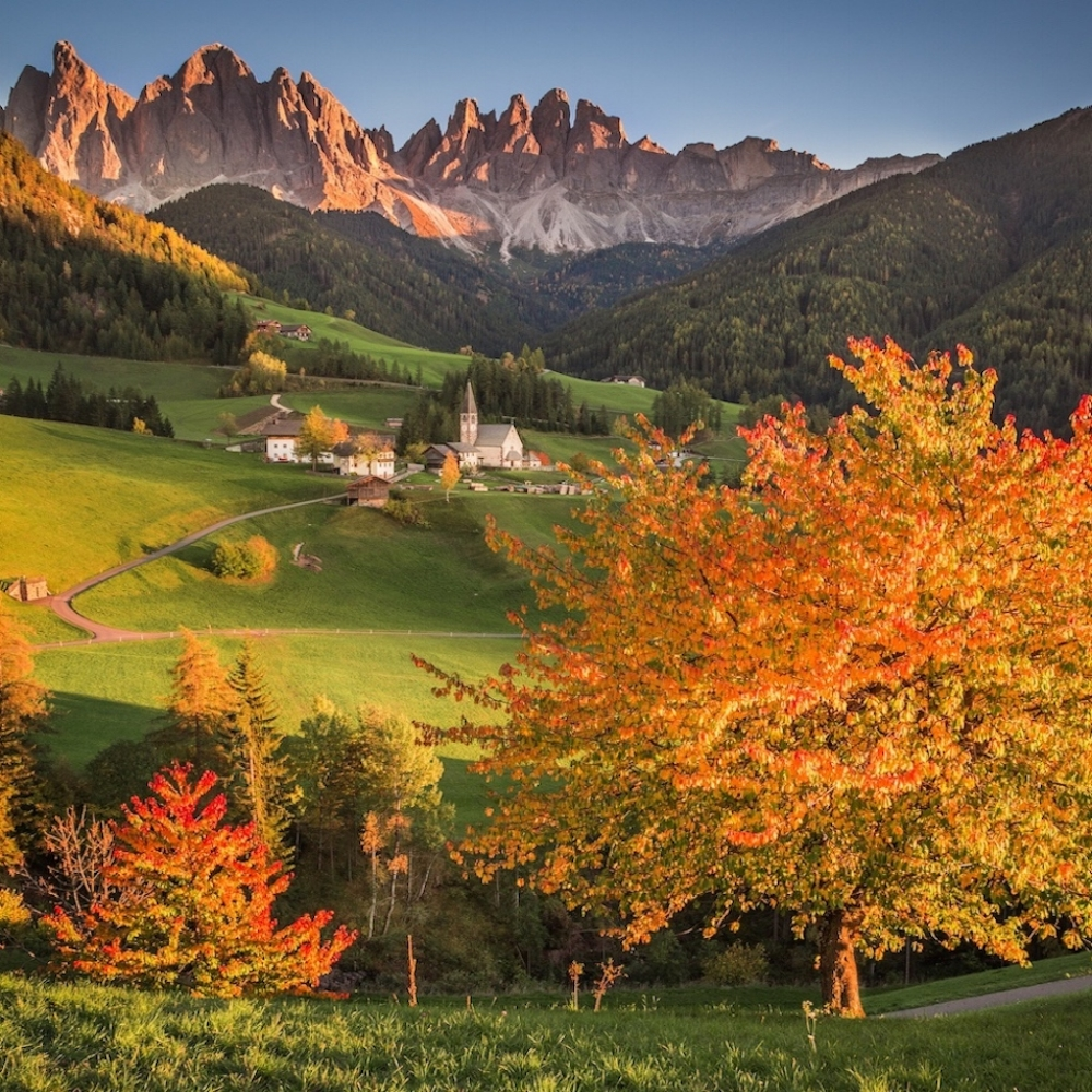 ENCHANTING ITALY UNCOVERED