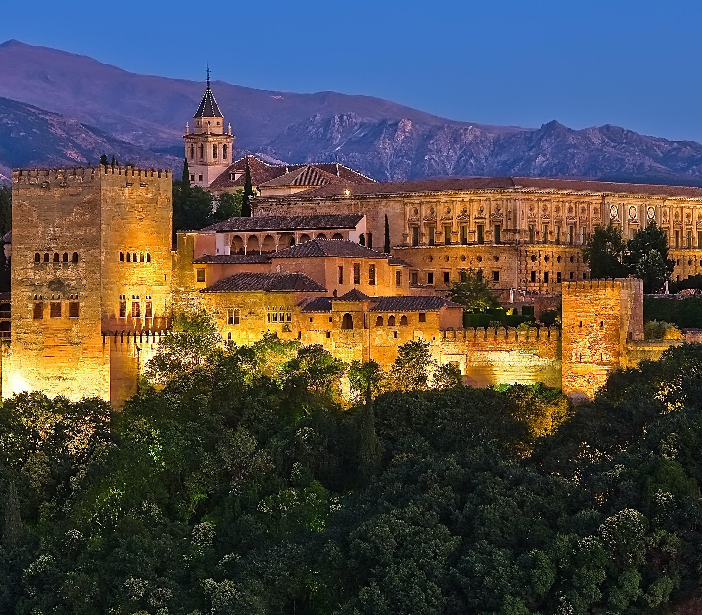 SPAIN & PORTUGAL IN CASTLES