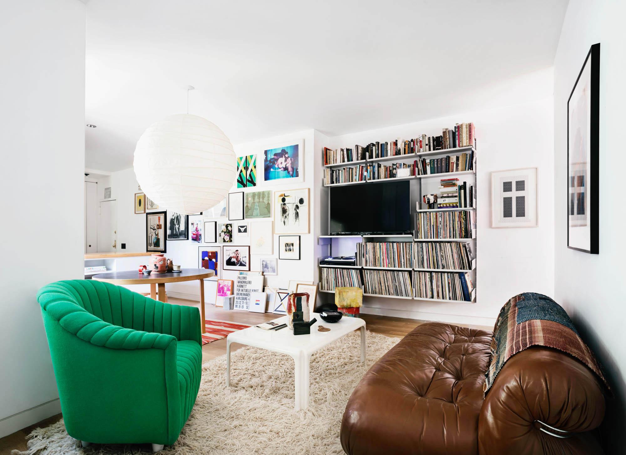 Avenue C Apartment Manhattan, NY IdS/R