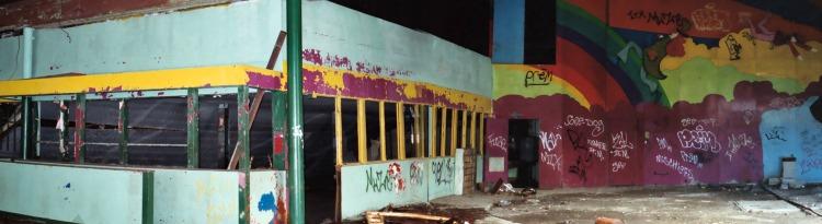 Palace Amusements Interior b 2003.jpg