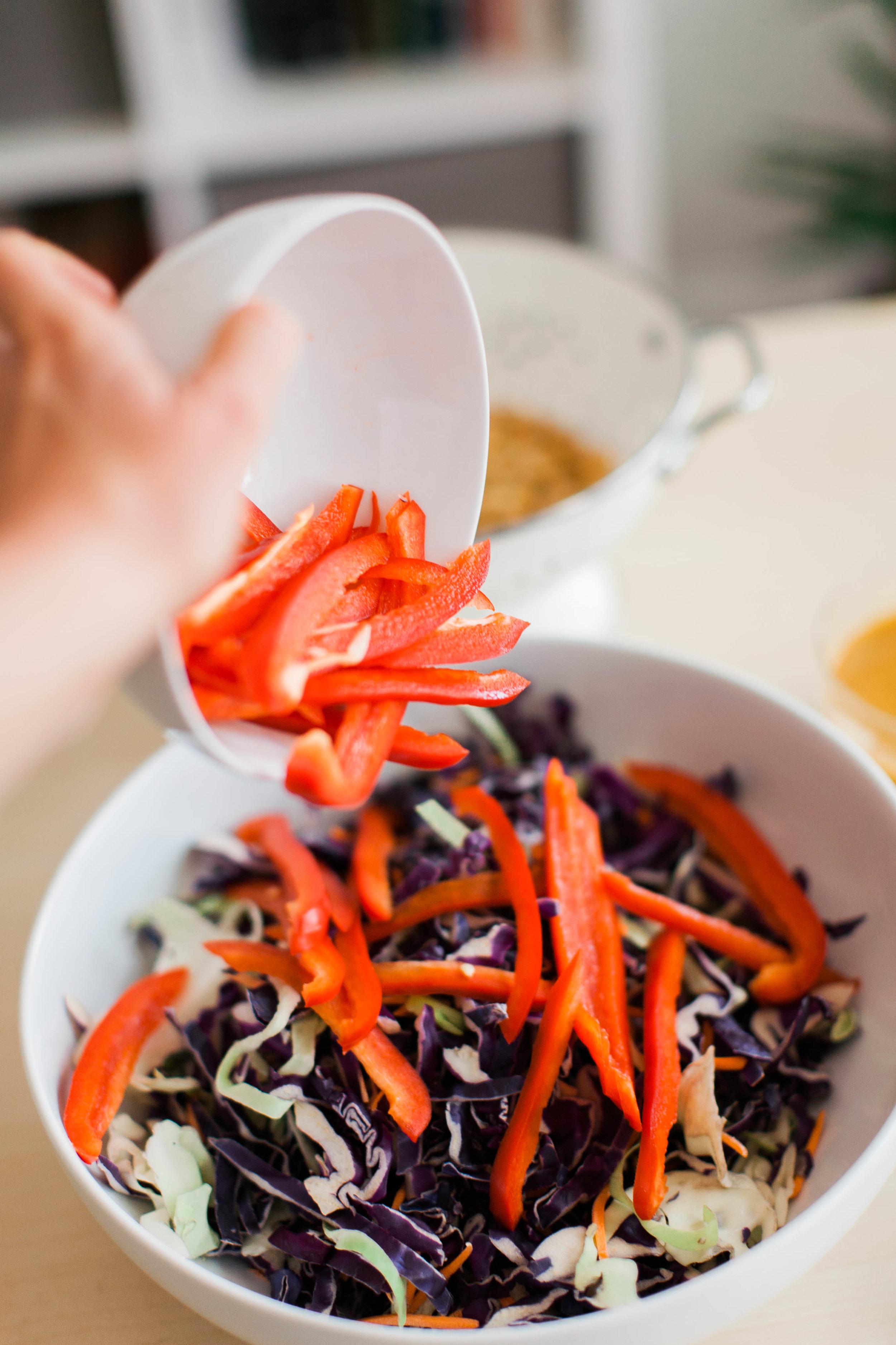 jennahazelphotography-thai-peanut-salad-with-chickpeas-0683.jpg