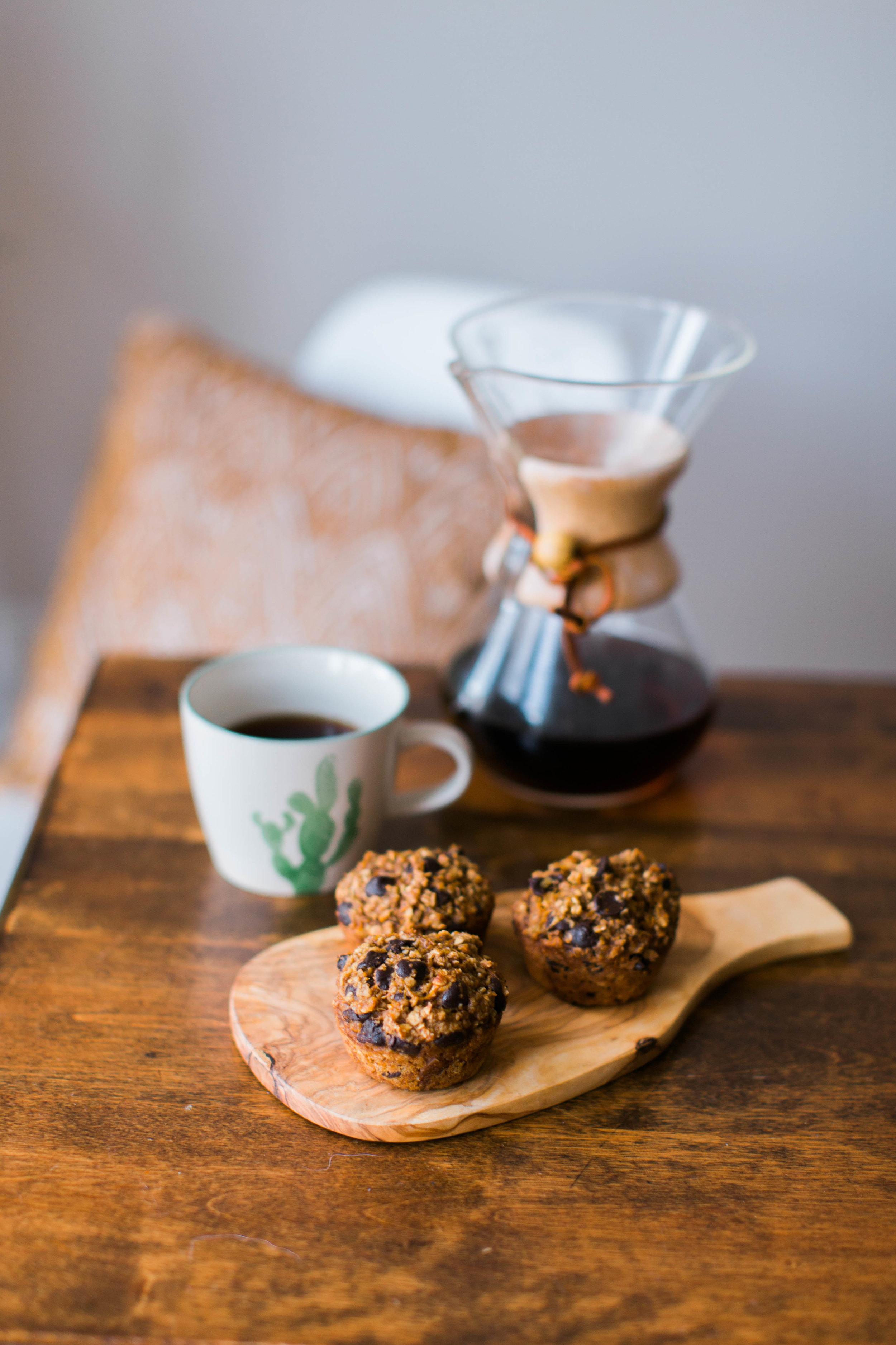 jennahazelphotoghy-pumpkin-chocolate-chip-oatmeal-muffins-8182.jpg