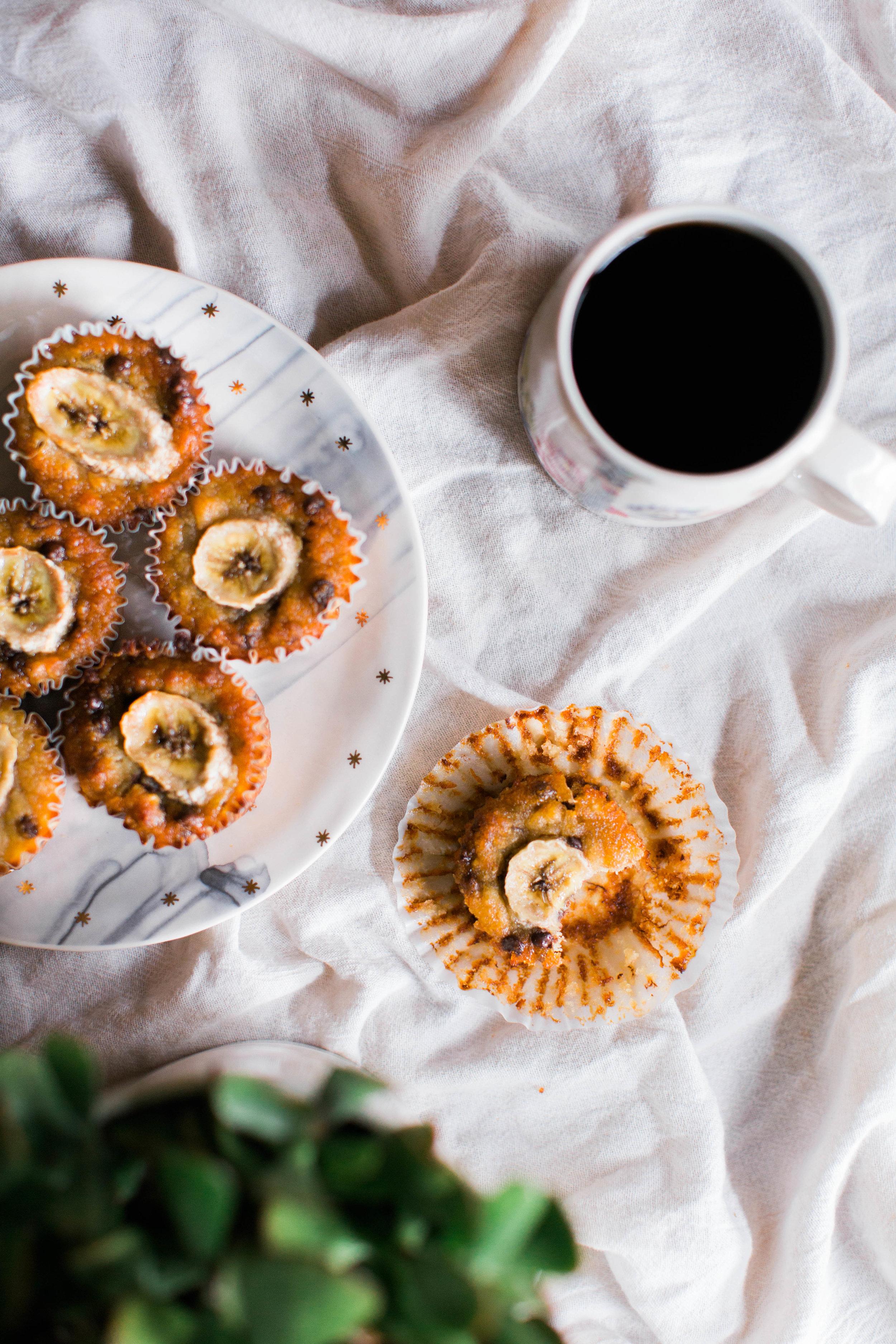 jennahazelphotography-paleo-banana-chocolate-chip-muffins-1151.jpg