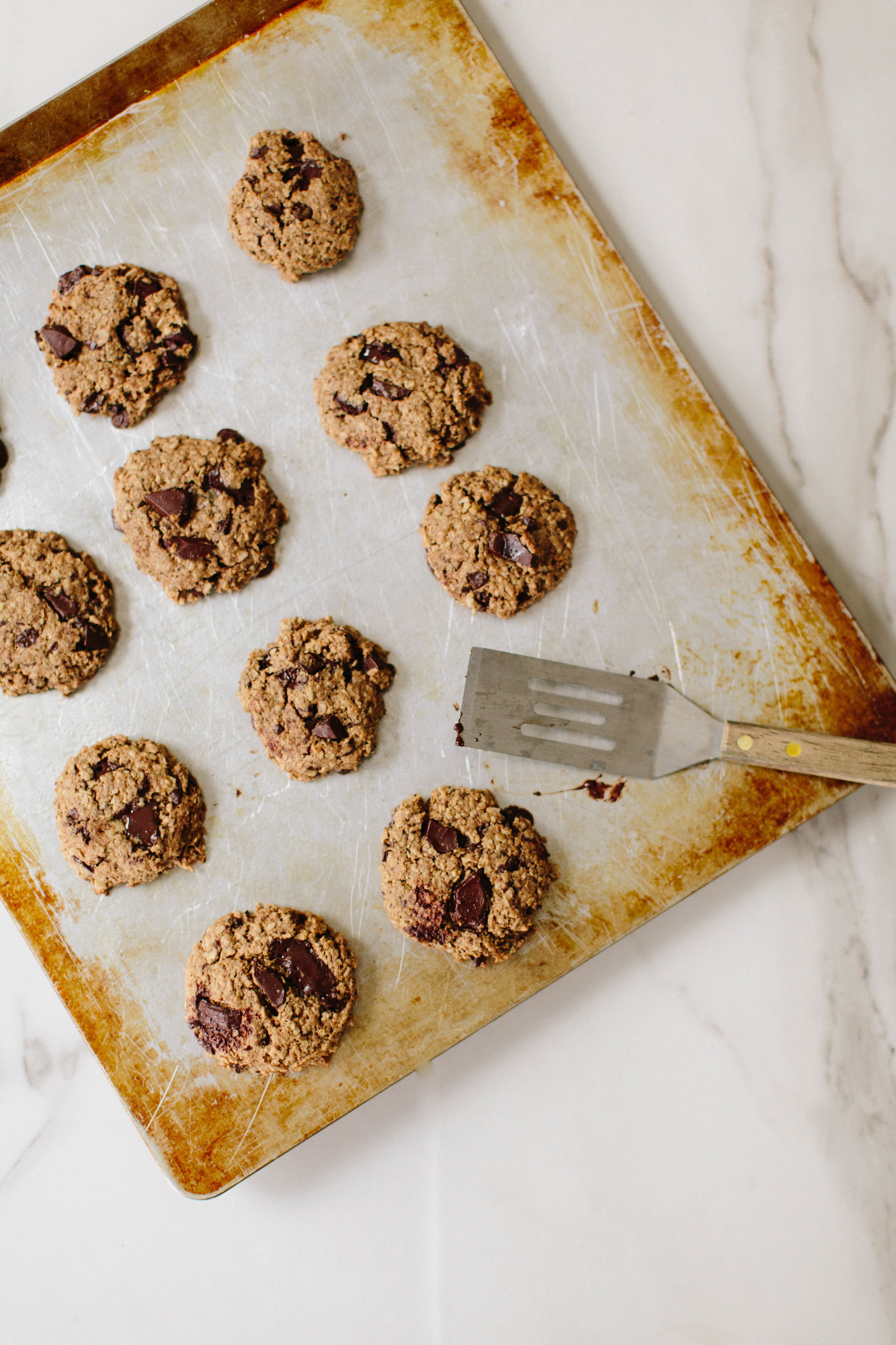 jennahazelphotography-oatmeal-ginger-chocoalte-chip-cookies-6724.jpg