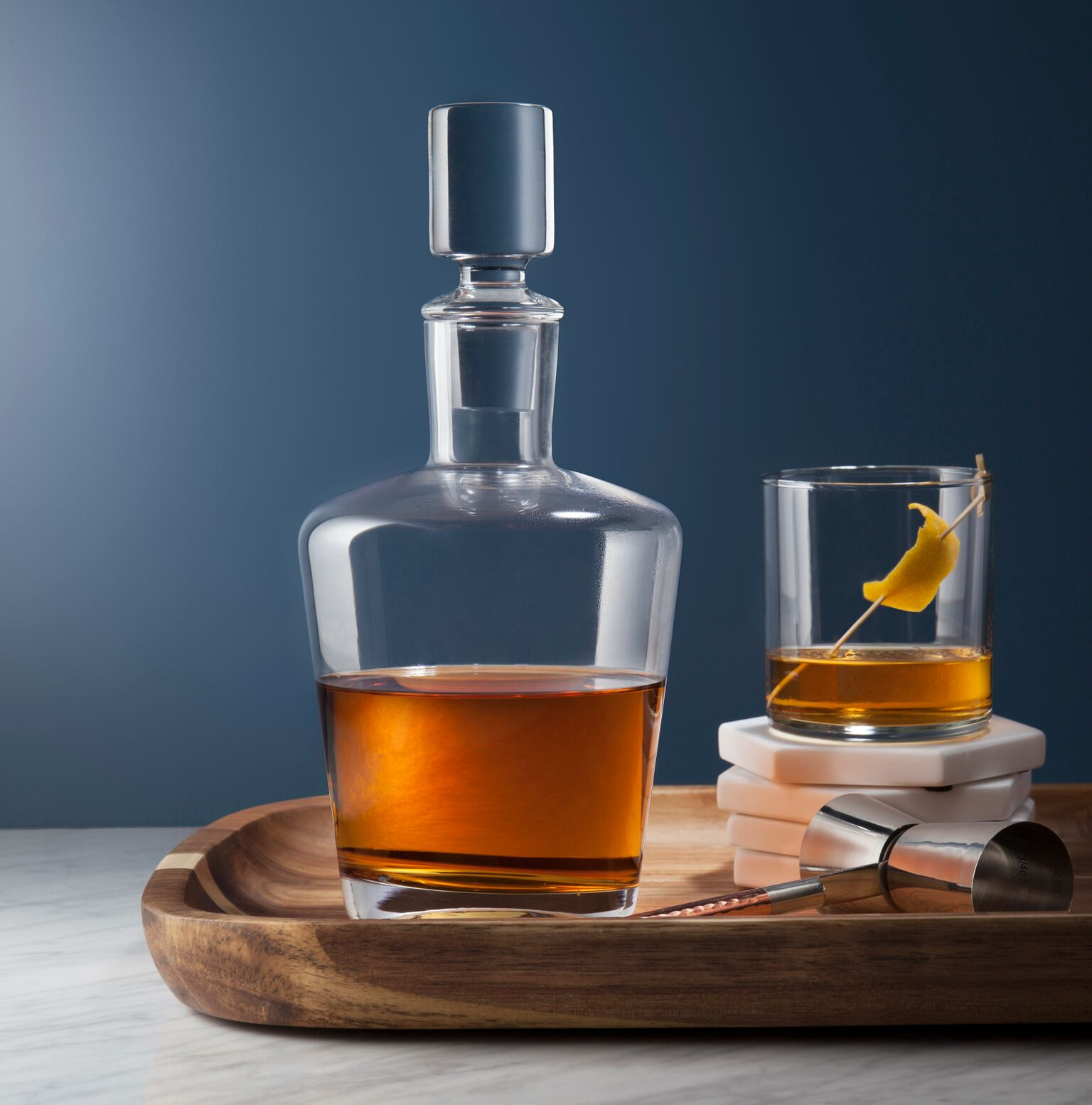 C-00835-01-010_HPBG_Whiskey_MarWk1_2Pack_WhiskeyDecanter_Flat copy_preview.jpeg