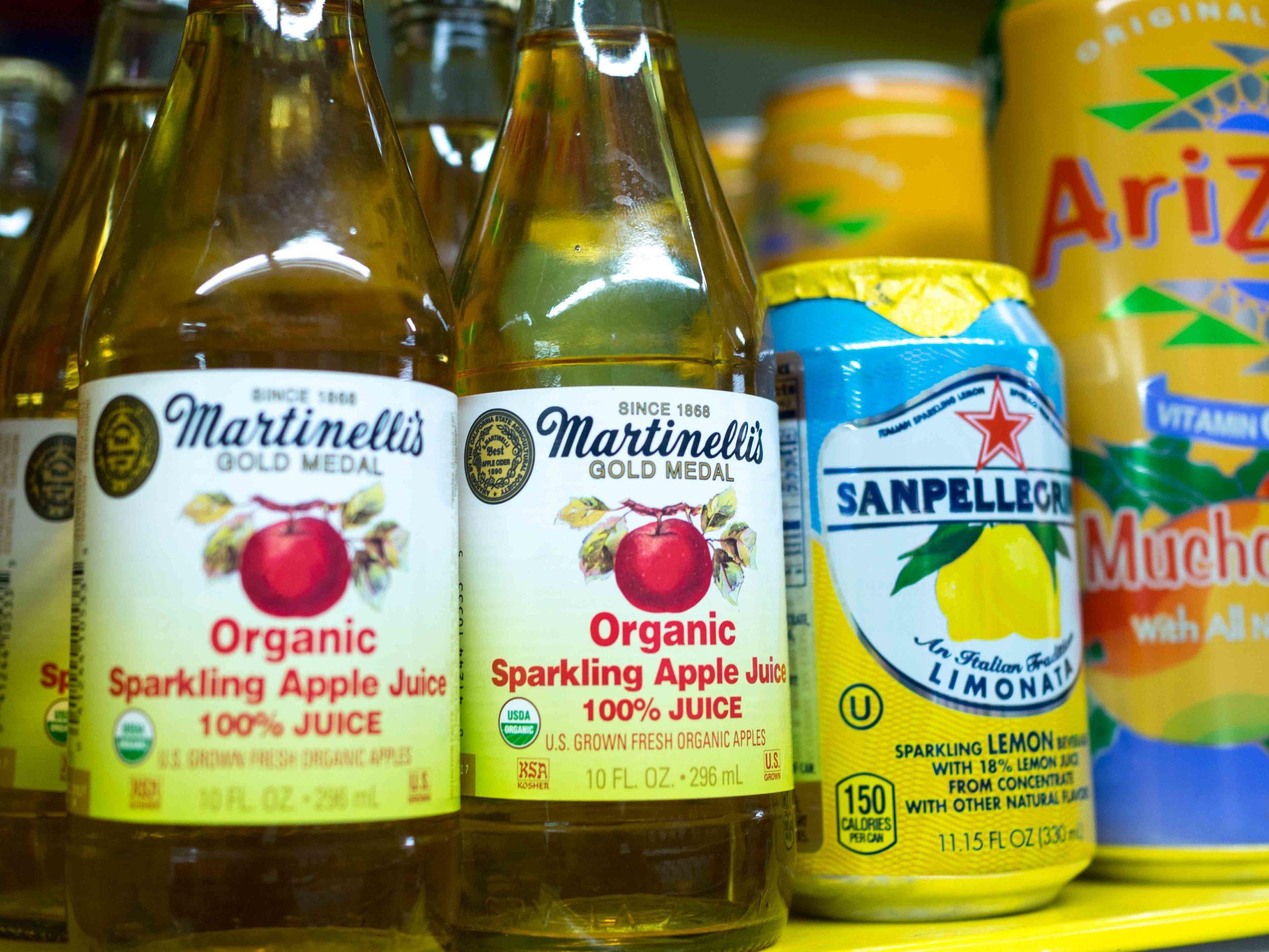 Martinelli's Organic Sparkling Apple Juice