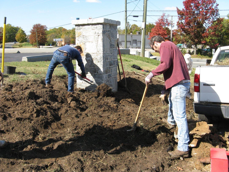 Belvidere Park planting day, November 5, 2011