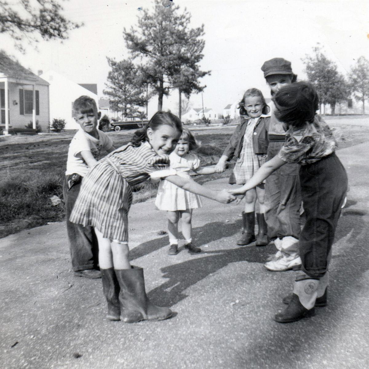 Vale and Plainview Avenue, 1954