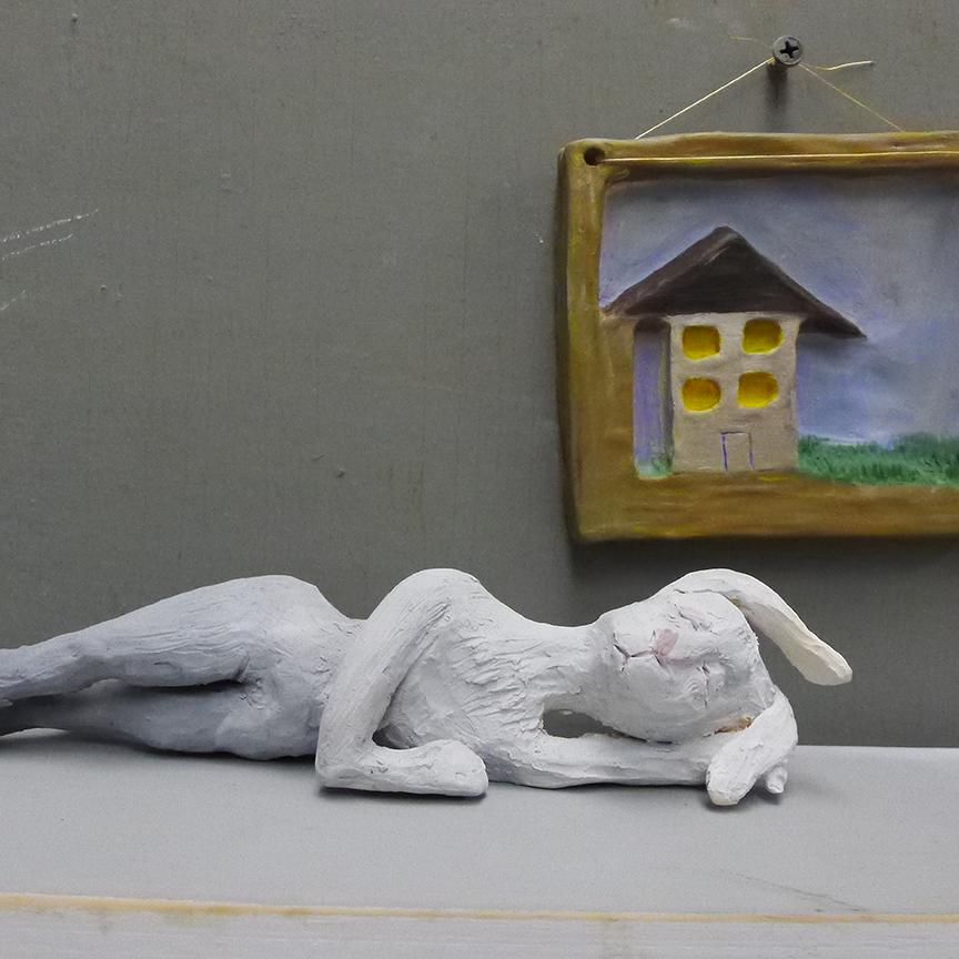 Small sculptures by Melanie Sharr. Photo © Aimee Santos