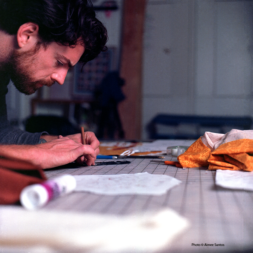 Haynes works on a commission piece in his studio at the Los Angeles Art Colony The Brewery. Photo © Aimee Santos