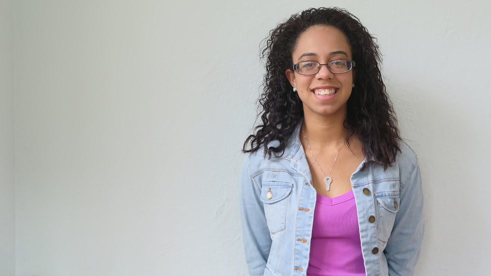 Heidy Mendez is a Sophomore at Brown University from Perth Amboy, New Jersey concentrating in Health and Human Biology. She joined 1vyG to become the guidance that first generation college students should have always had and will have due to the work of 1vyG. She hopes to one day go sky diving.