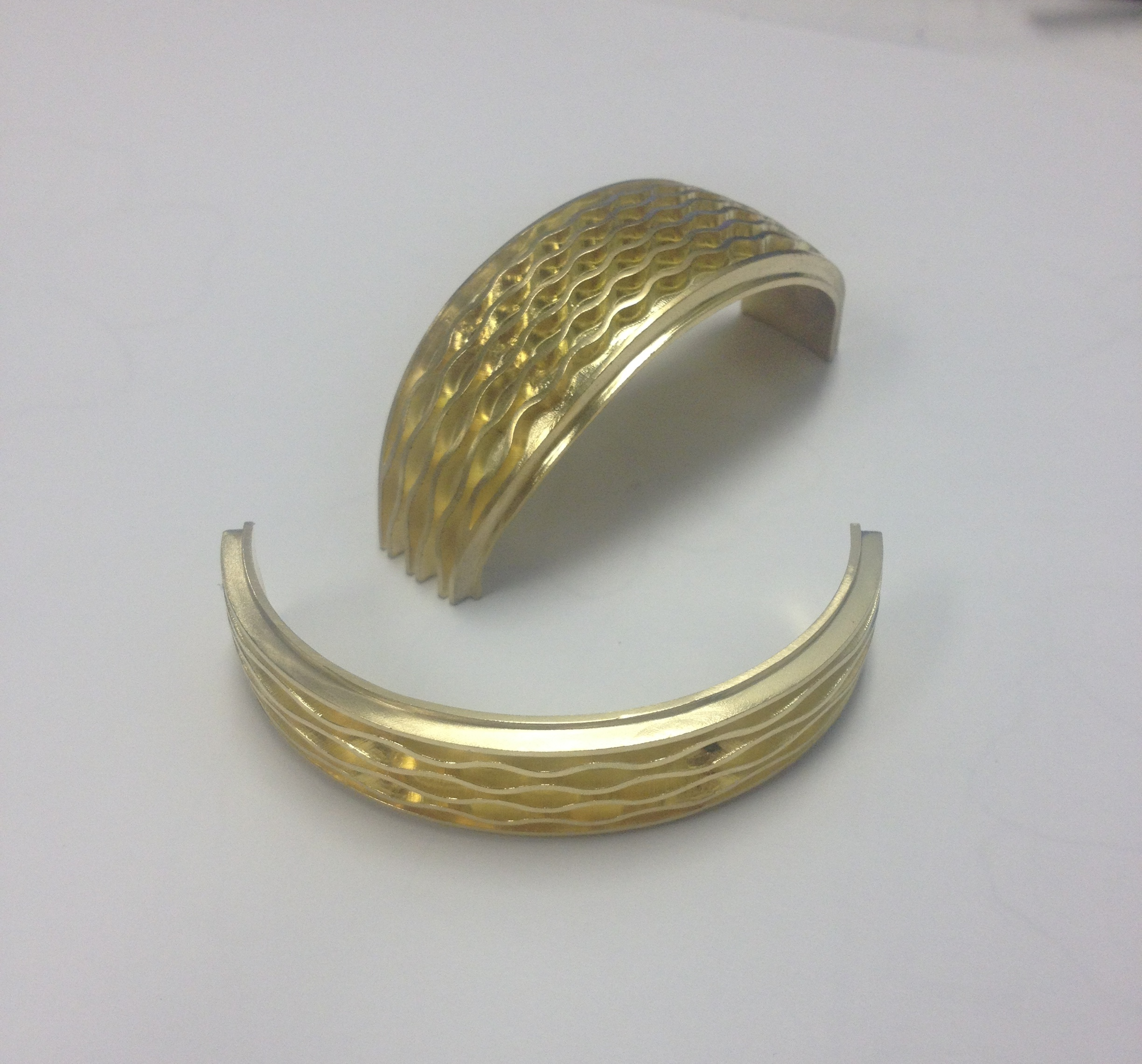 Fabrication in 18k Yellow Gold.