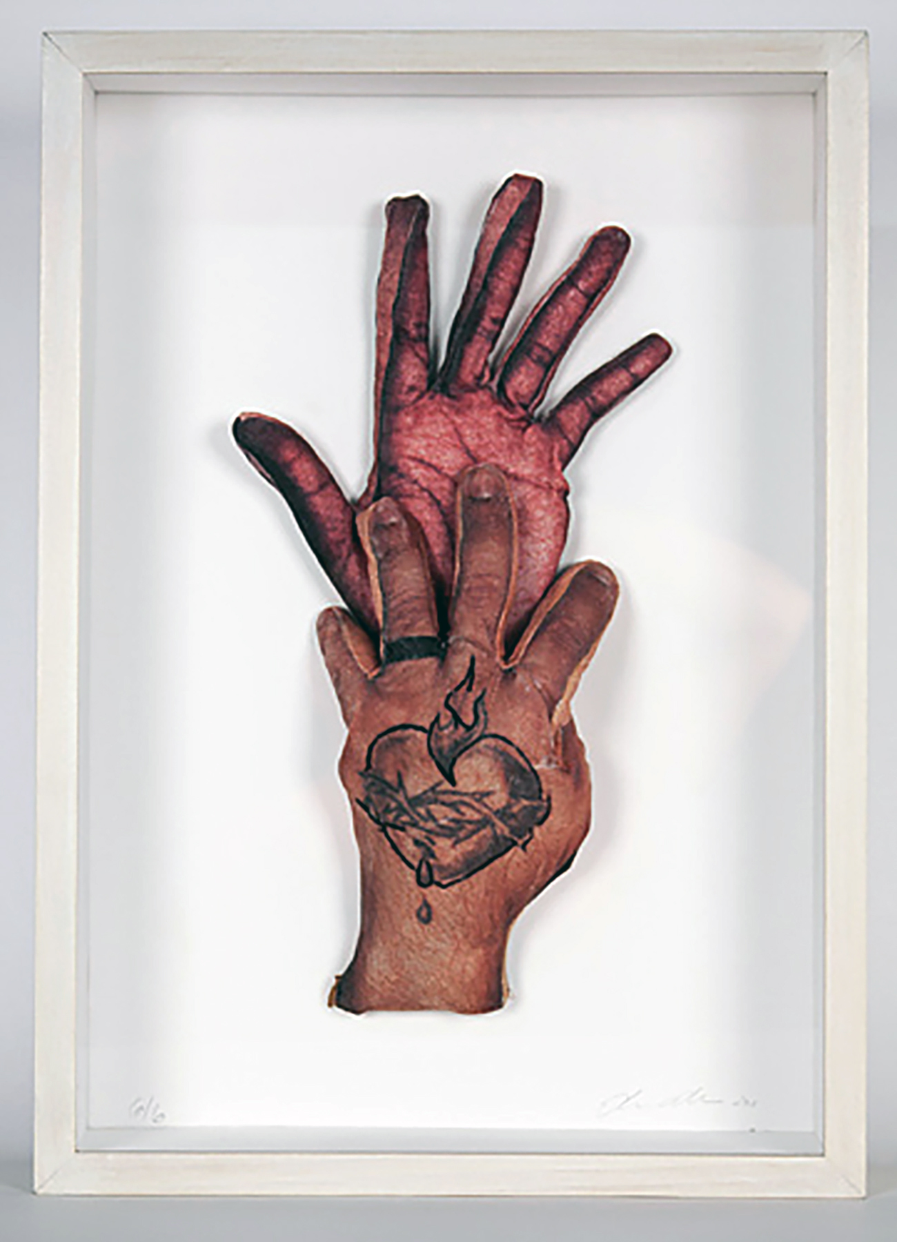 Elia Alba,  Hands (Sacred Heart 1) , 2013. Silk screen on fabric, wire, fiberfil, acrylic and thread.