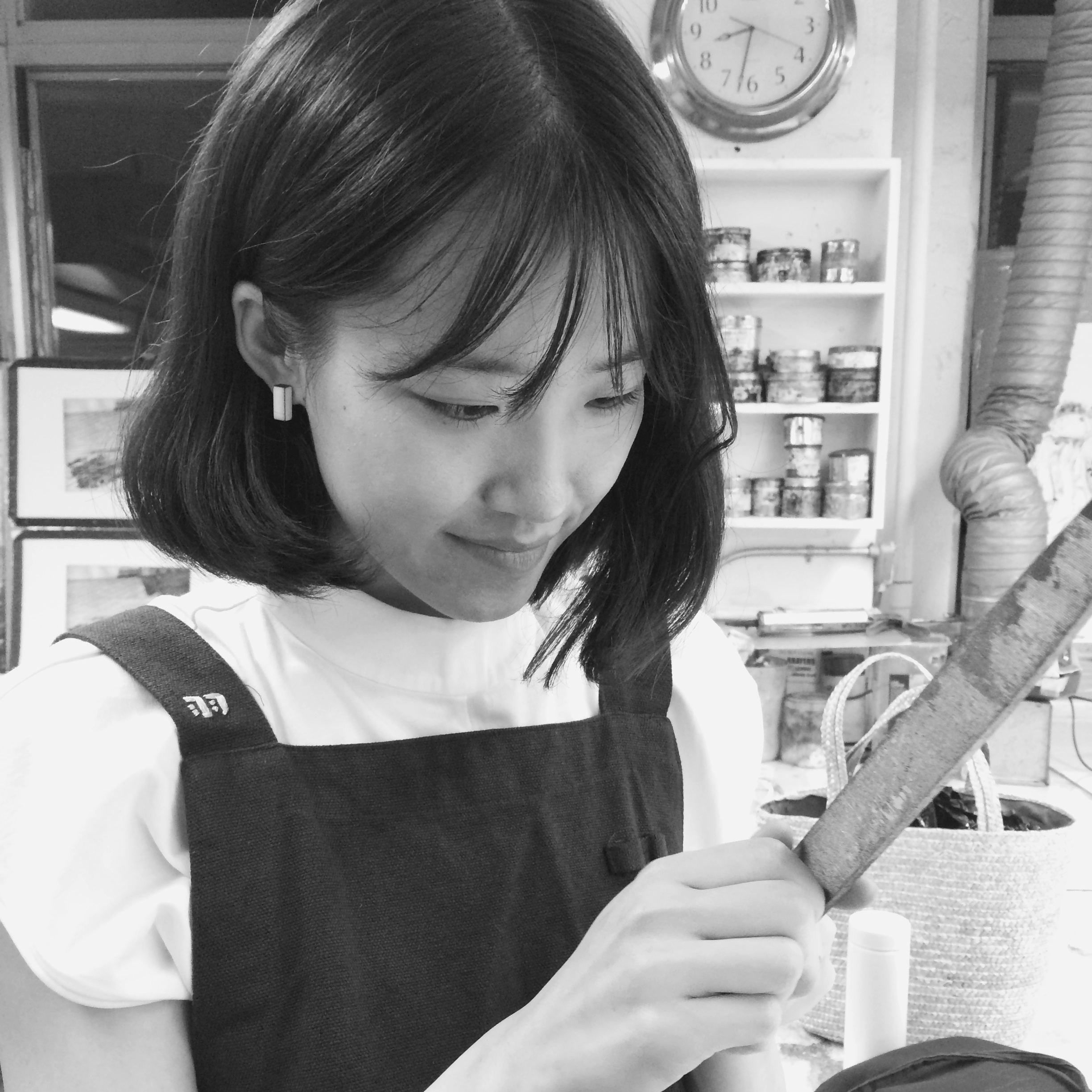 Yuchen Chang,  monitor since May 2015   Yuchen graduated School of the Art Institute of Chicago (MFA) in 2013.Her work is collected by Museum of Modern Art Library, New York and Joan Flasch Artists' Book Collection, Chicago. She can offer members assistance with her expertise in Etching.
