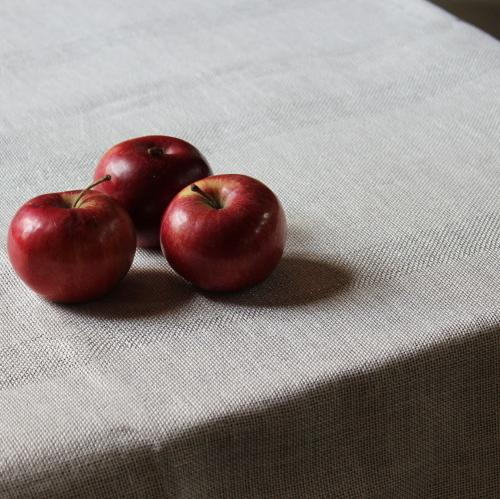 Linen tablecloths.