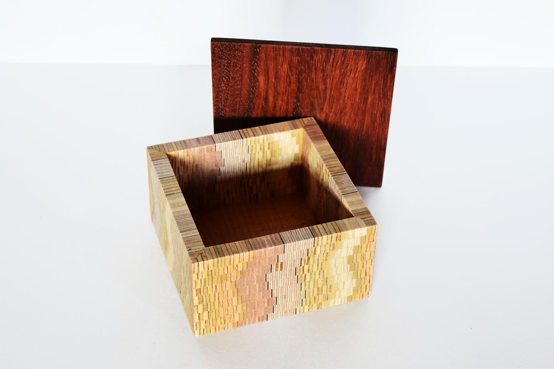 Swervy Box