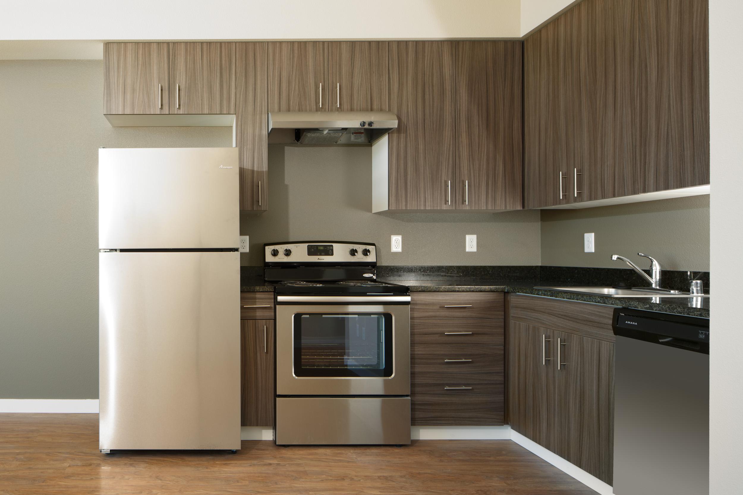 Kitchen Unit/1 Bedroom Apartment