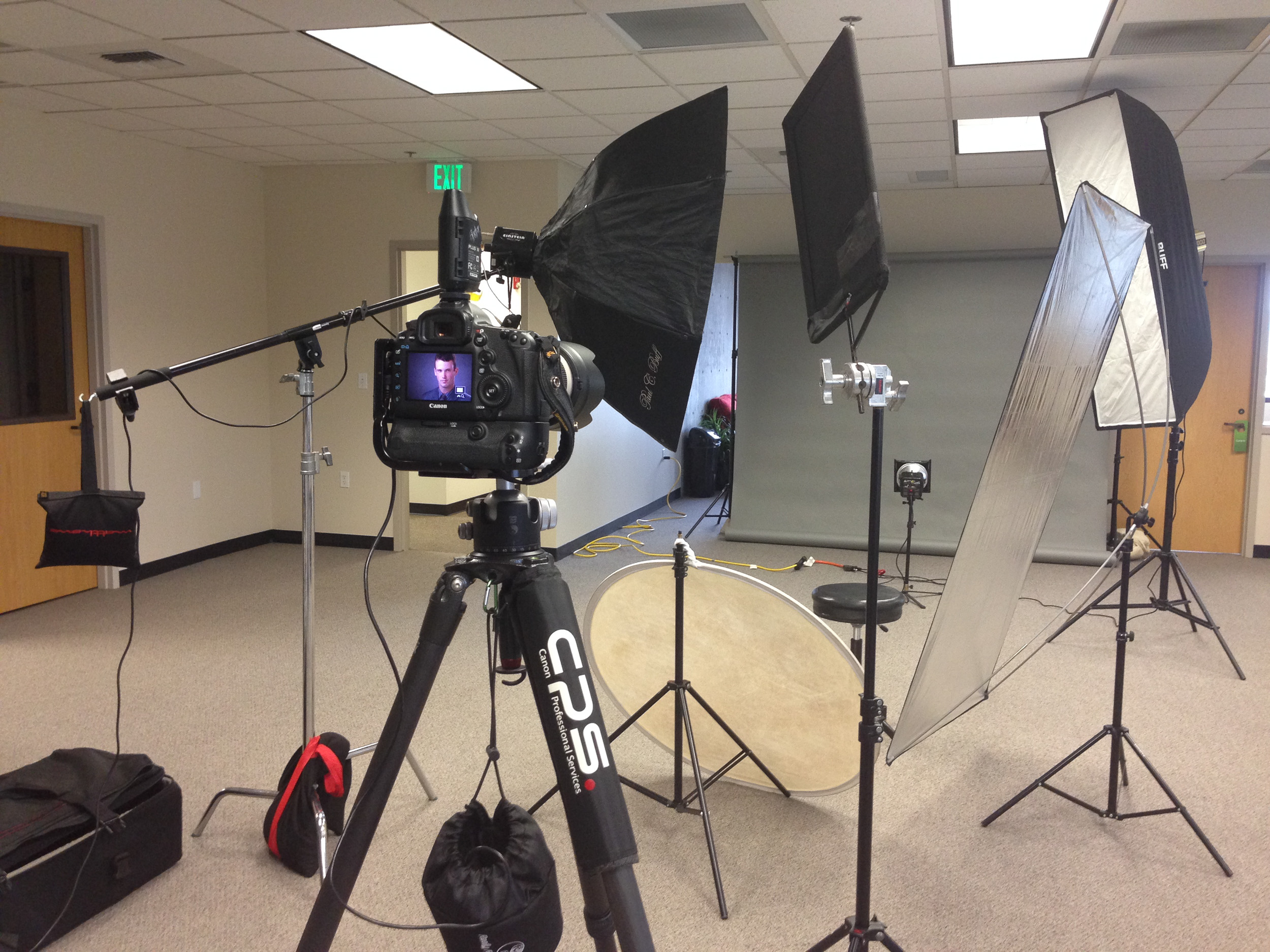 BTS (behind the scenes) look at our Executive Portrait setup