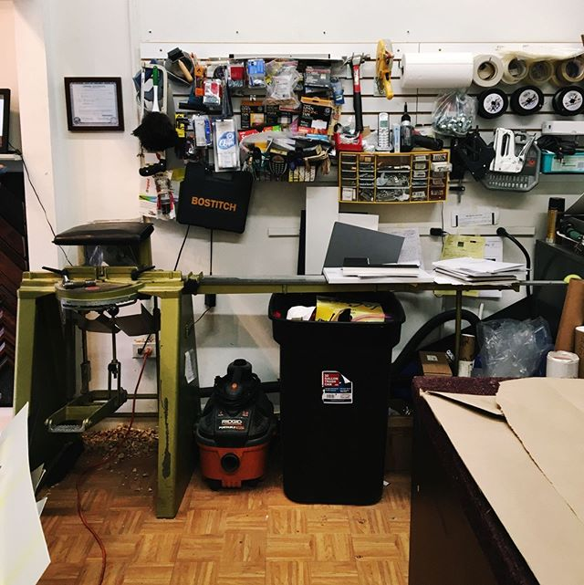 Behind the scenes at Real Art! This is where the magic happens ✨😁🎨 .. .. .. .. .. .. .. #PictureFraming #RealArt #Framing  #LocalBusiness #SmallBusiness #Art #LocalArt #inspiration #photooftheday #instadaily #SupportLocal #customframing  #igerschicago #ChicagoArt #ShopSmall #ShopLocal #behindthescenes #workshop #studio