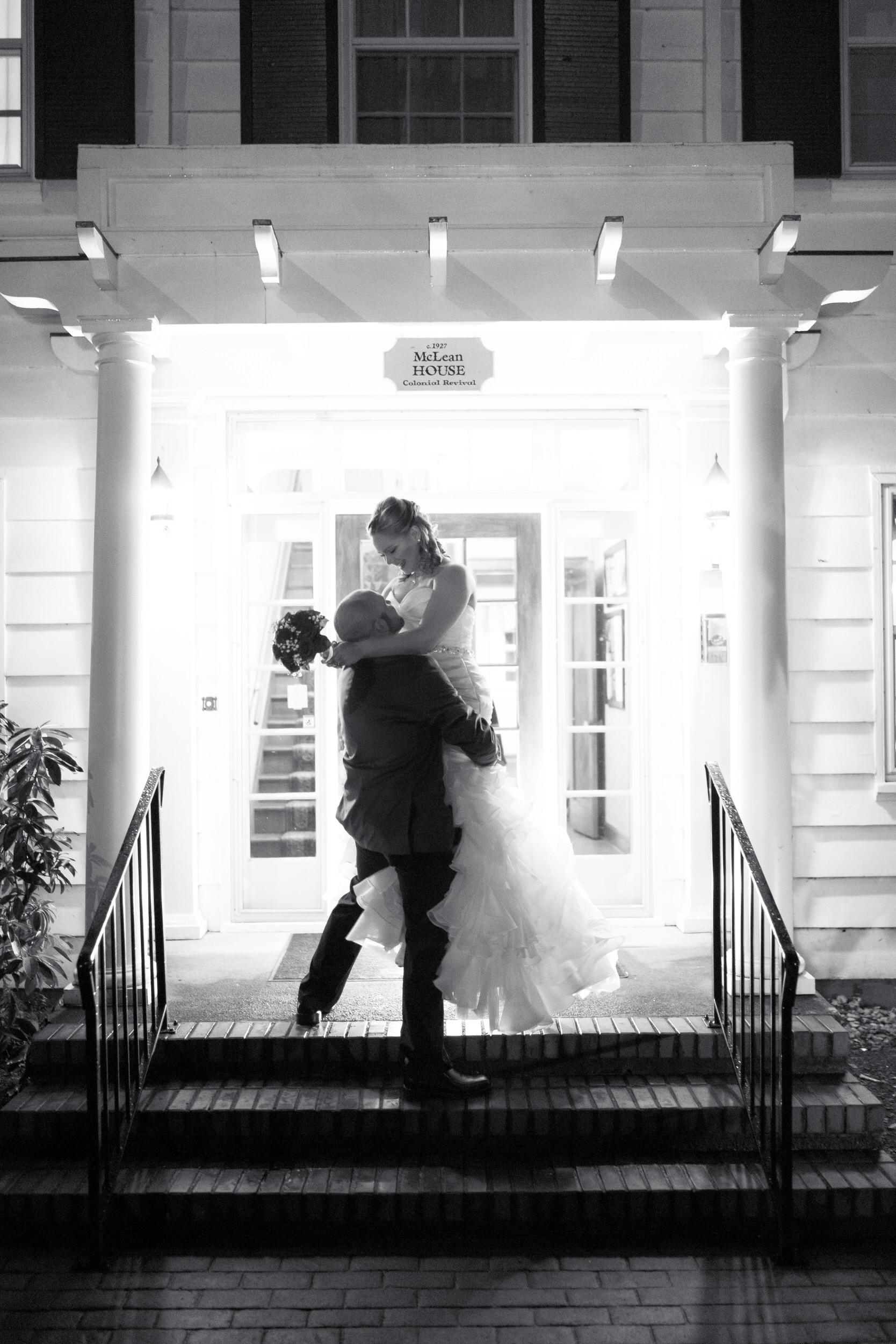 Mclean-House-West-Linn-Oregon-Wedding-Photographer.jpg