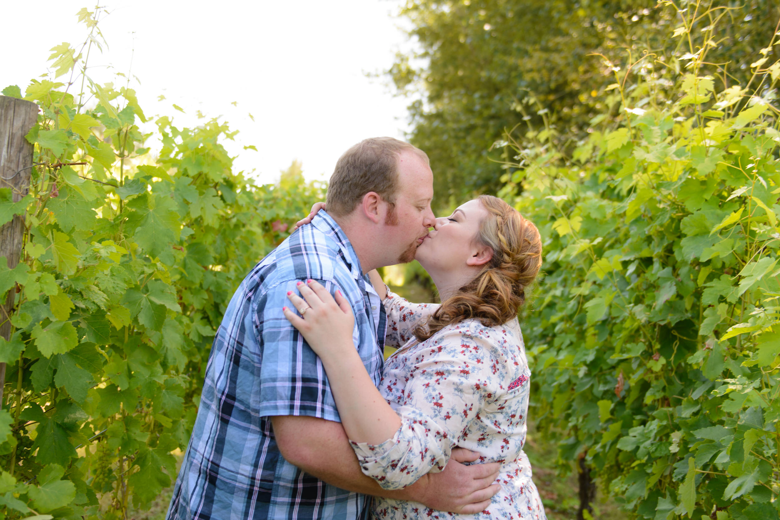 Affordable-Oregon-Engagement-Photography.jpg