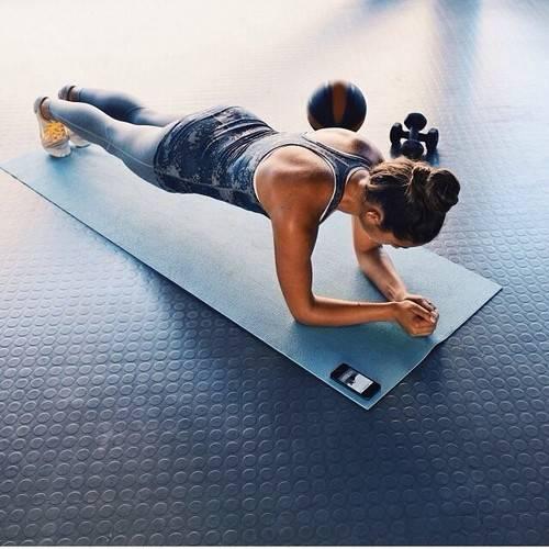 http://rebloggy.com/post/girl-fashion-fitspo-health-motivation-inspiration-run-body-train-nike-strong-wor/64076685607