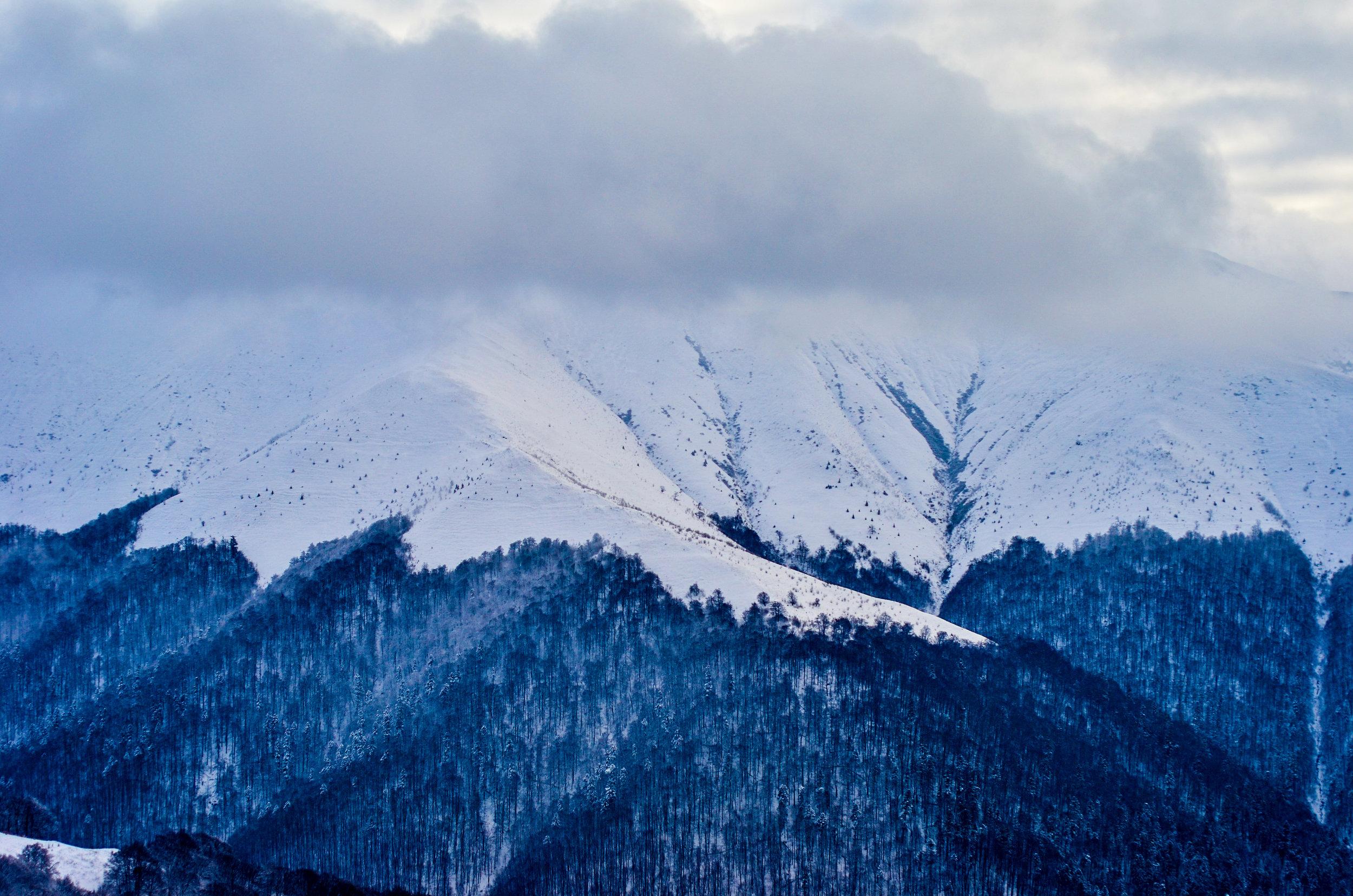Зимою гори зовсім інші
