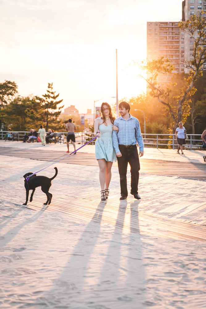 Coney-Island-Engagement-Photography-Elvira-Kalviste-9.jpg