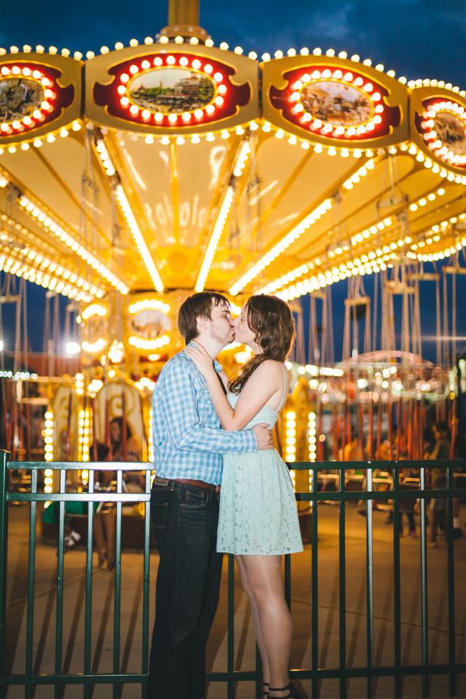 Coney-Island-Engagement-Photography-Elvira-Kalviste-29.jpg